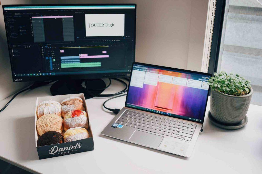 laptop untuk memproses vlog