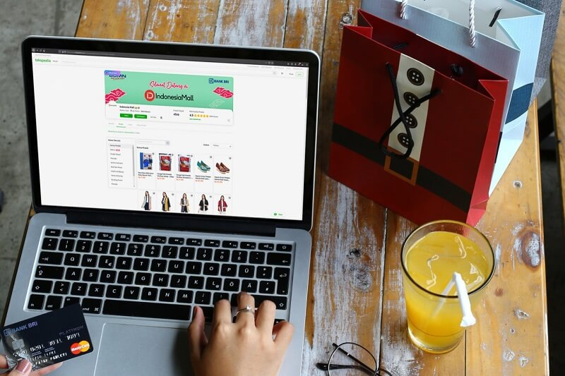 perkembangan ekonomi digital berupa website toko online